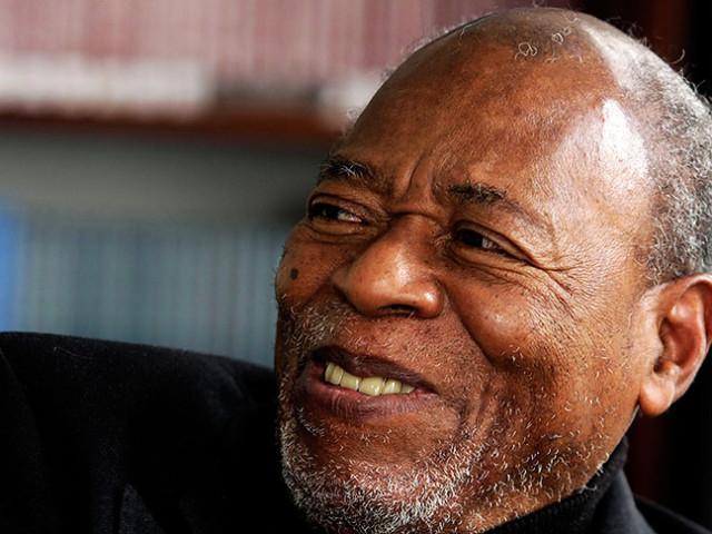 Falleció el escritor Arnoldo Palacios, autor de 'Las estrellas son negras'